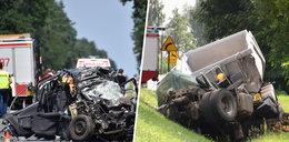 """Tragedia w Grębiszewie. Zginęli dwaj kierowcy i dwoje malutkich dzieci. """"Cisza powie więcej niż słowa"""""""
