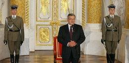 Komorowski nie chce pomnika przed Pałacem