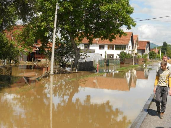 Danas se uručuje pomoć za Čačane stradale u poplavama
