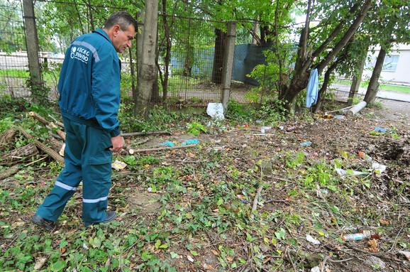 Čišćenje terena oko Metadonskog centra
