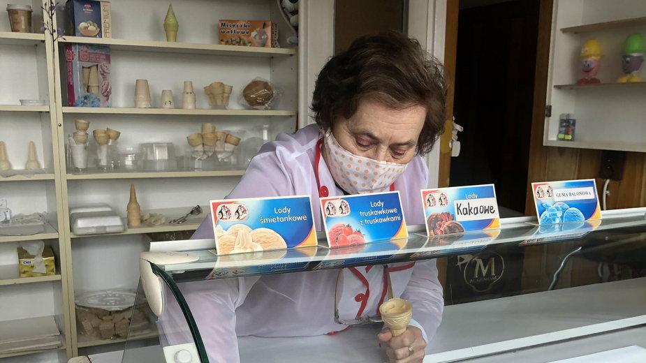 Pani Walentyna prowadzi lodziarnie od 62 lat