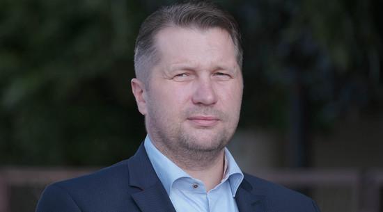 Czarnek: W wielu częściach Europy już nie ma Kościoła. W Polsce musimy go bronić