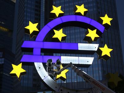 Indeks PMI dla usług w strefie euro utrzymał się powyżej 50 pkt.