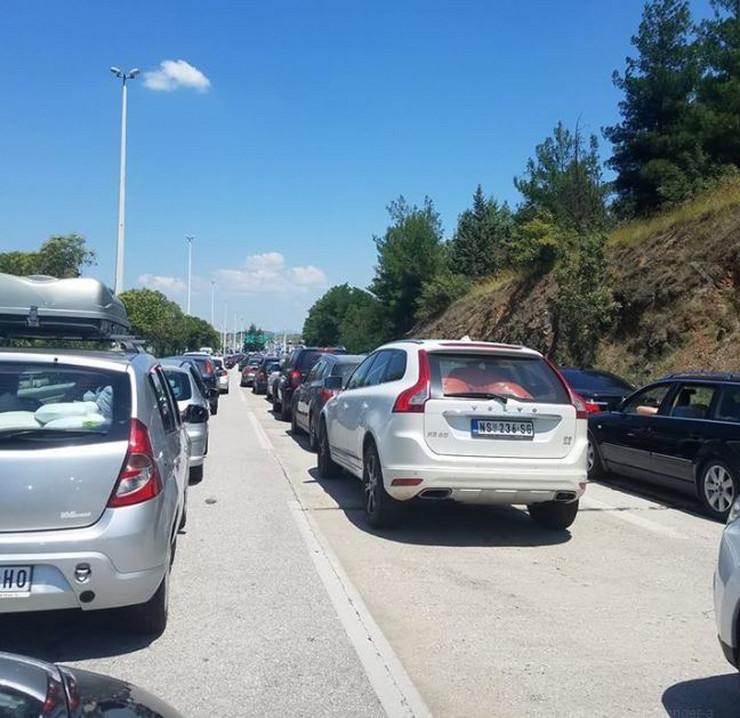 evzoni granica kolone vozila gužva