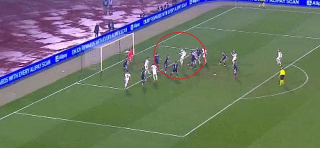 Luka Jović na pravom mestu u 90. minutu