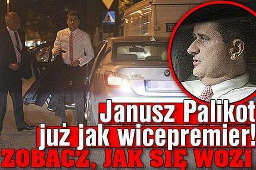 Janusz Palikot już jak wicepremier! Zobacz jak się wozi