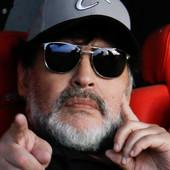 NAJPOZNATIJE ZAGREVANJE NA SVETU Maradona i lopta su bili par, a njihov ples pamtiće se VEČNO! /VIDEO/