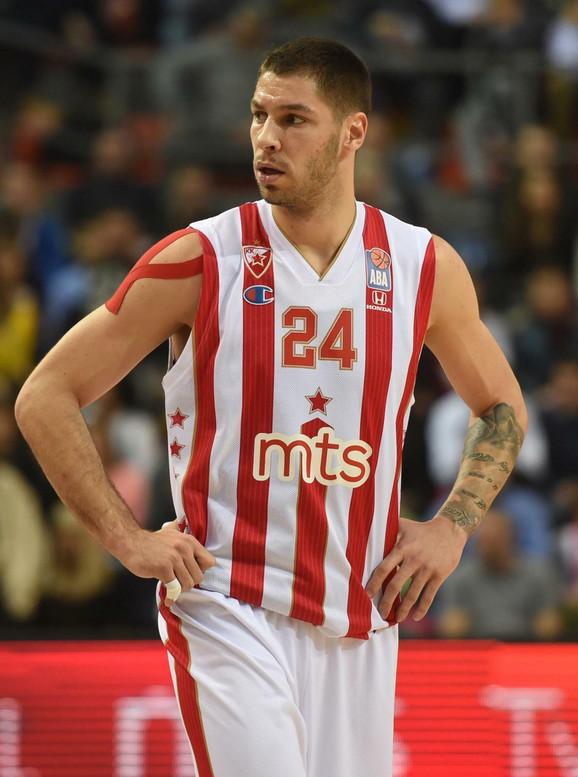 Stefan Jović dok je bio član crveno-belih