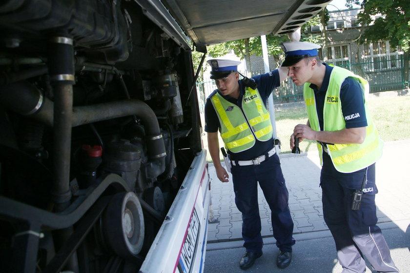 Ruszają kontrole autokarów