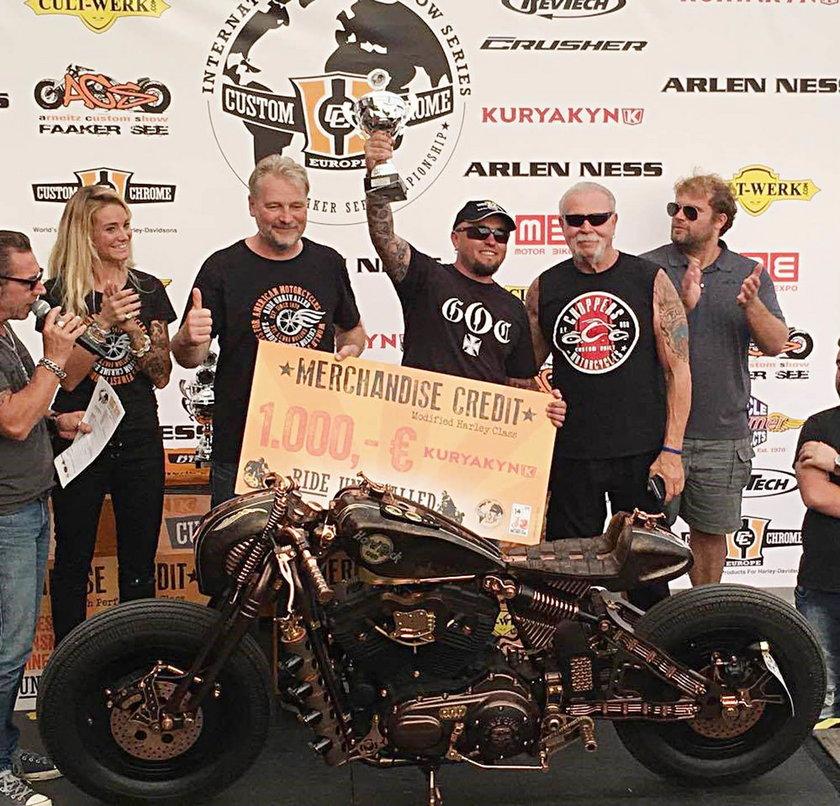 Dostał nagrodę od wnuka Harleya