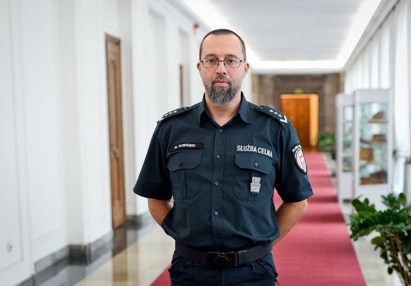 Rafał Tusiński ekspert KAS opowiada Faktowi o przemycie zwierząt