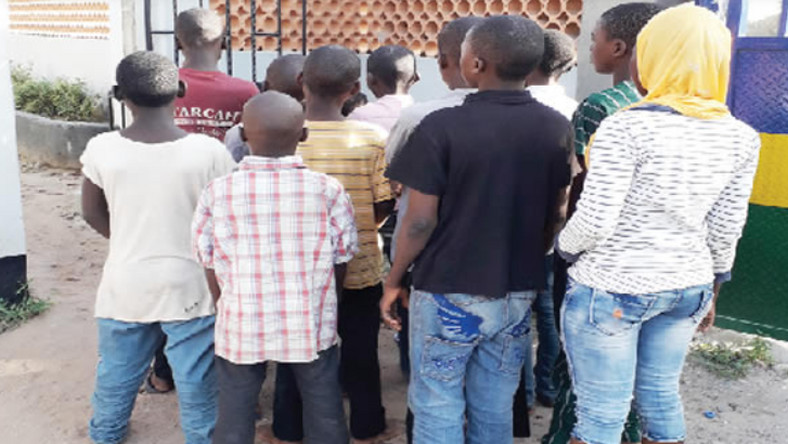 The 14 children recovered from the traders in Lagos market. (Punch)
