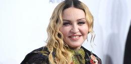 """Madonna w bieliźnie. Pokazała bliznę po operacji biodra i ślady po """"bańkach"""""""