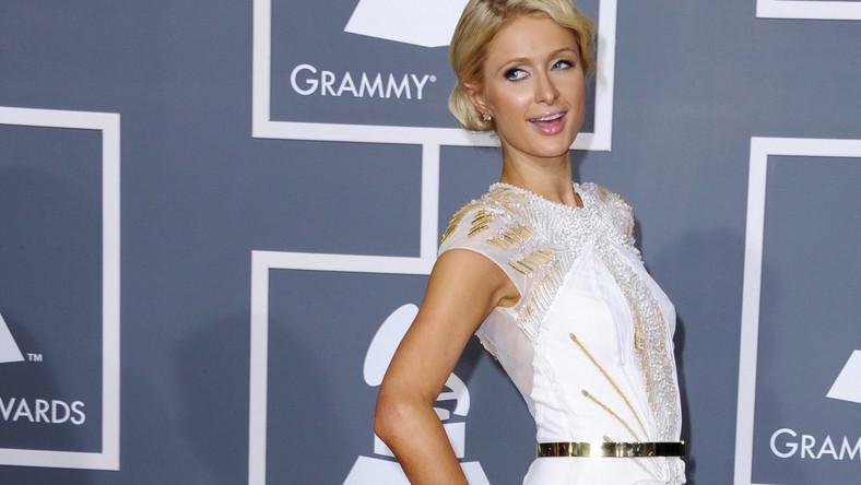 Paris Hilton się lansuje na gali Grammy 2012
