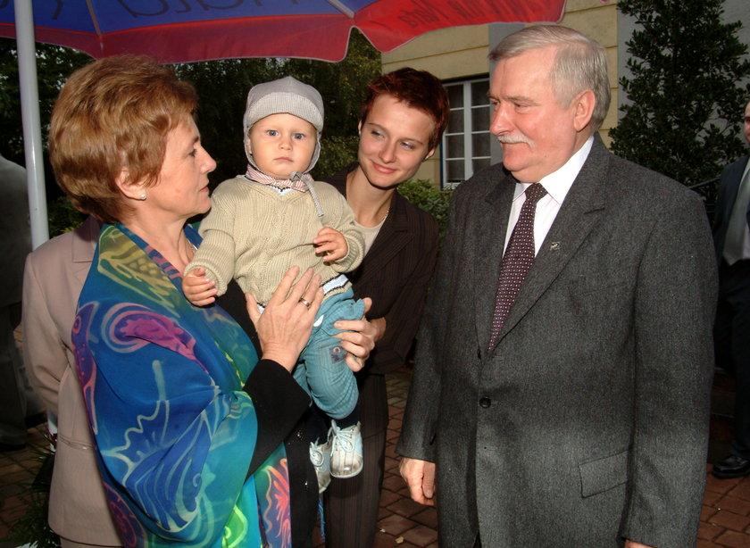 Lech Wałęsa z żoną i córką Magdą
