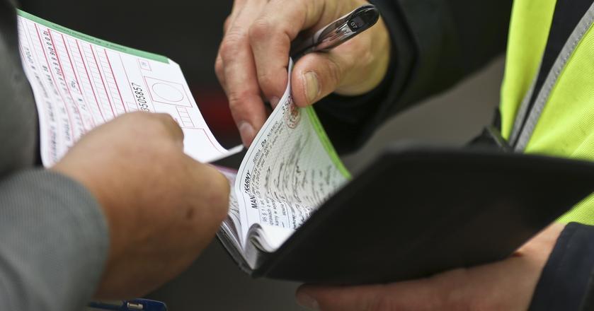 Nadpłata z podatku PIT będzie przeznaczona na spłatę zaległości, np. niezapłaconych mandatów
