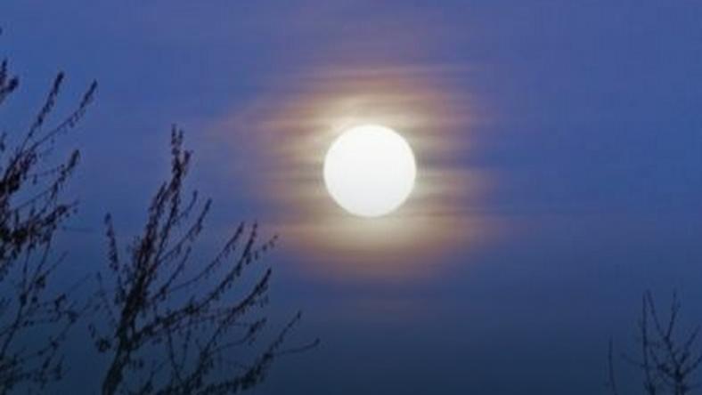 Najmniejsza pełnia księżyca