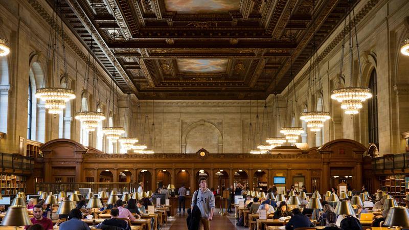 Nowojorska biblioteka przechodzi na cyfrowe filmy