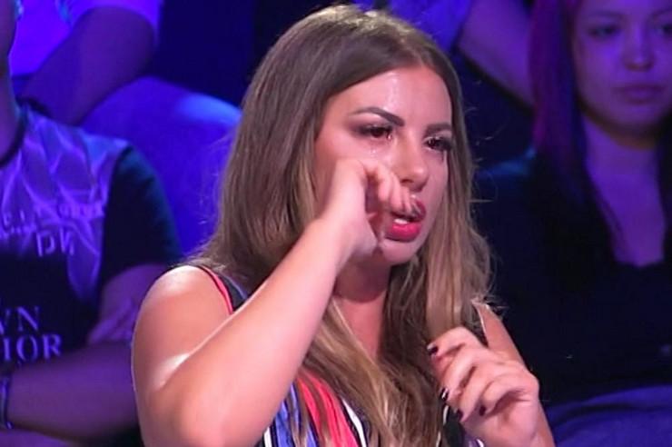 """""""SEDAM GODINA SAM TRPELA, NE MOGU VIŠE"""" Dragana lila suze u emisiji, pa ispričala šta joj je muž uradio prošlog meseca"""