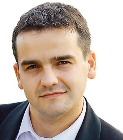 Piotr Sędłak, radca prawny