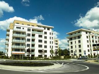 Mieszkanie dla młodych: które banki oferują najatrakcyjniejsze kredyty?