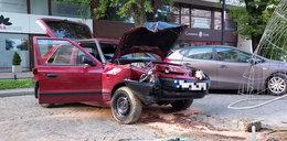 Wypadek na Tuwima w Łodzi. Ranny kierowca uciekł. Policja szuka sprawcy. Inny - z BMW po pijanemu staranował motocyklistę