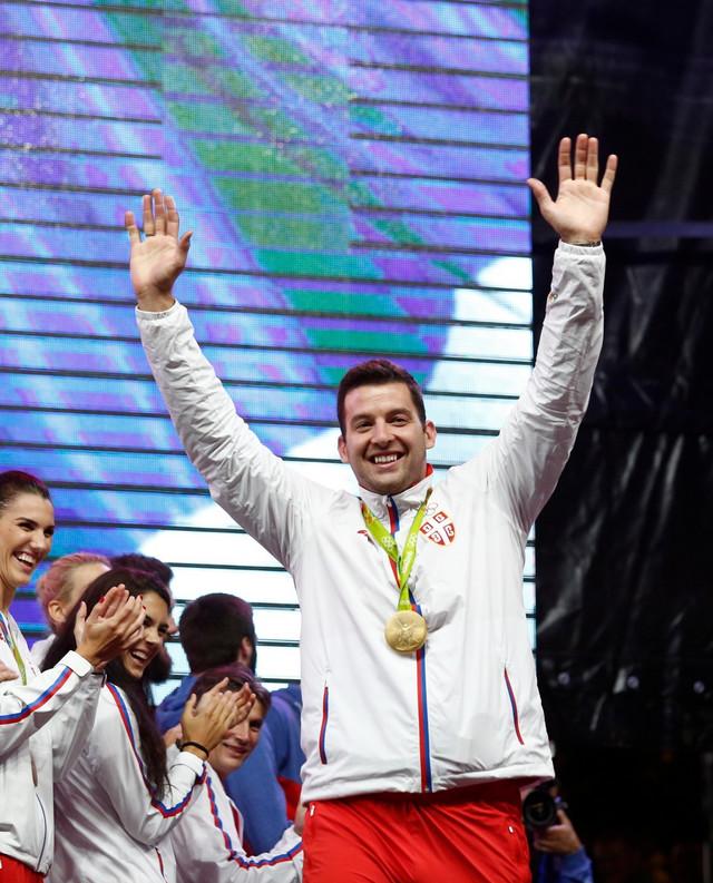 Filip Filipović na svečanom dočeku u Beogradu posle olimpijskog zlata