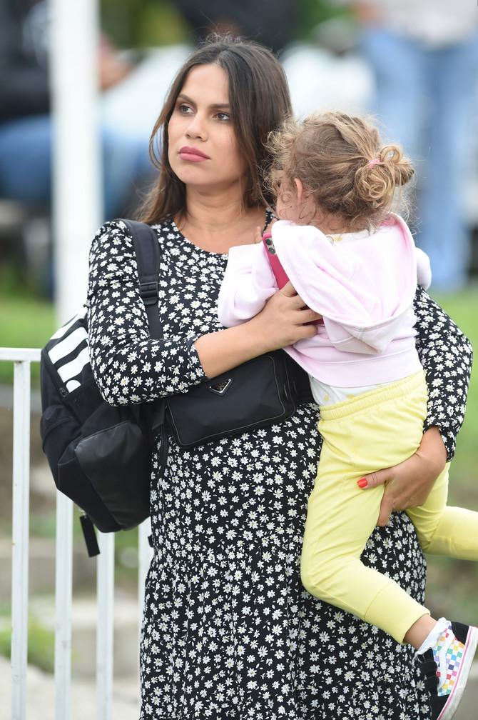 Aleksandra Troicki sa ćerkom