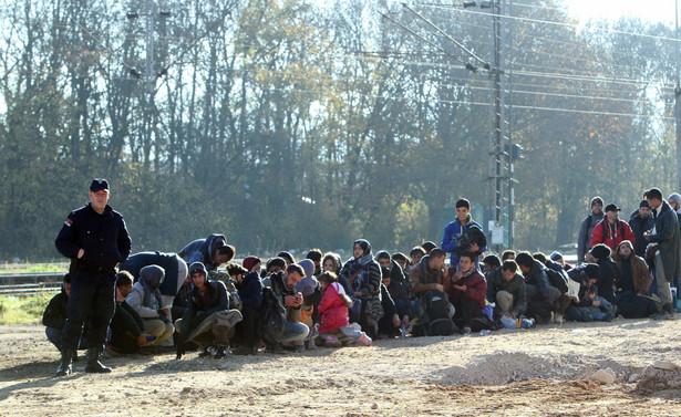 Minister spraw wewnętrznych Chorwacji zapewnił, że odpowiednie służby czuwają nad bezpieczeństwem obywateli i przemieszczających się przez kraj imigrantów z Bliskiego Wschodu