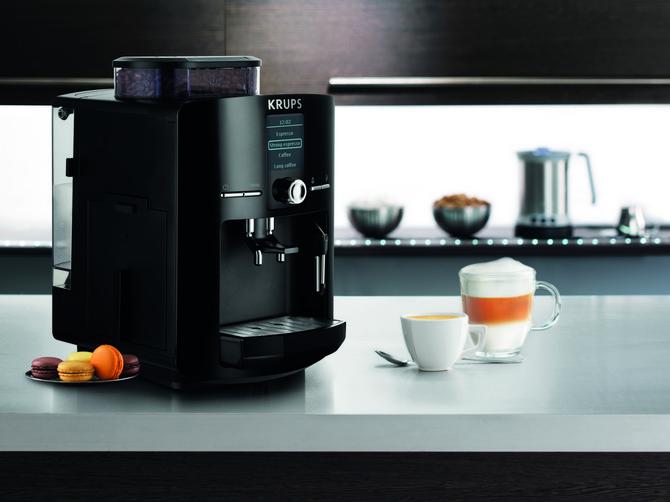 Kompaktan Krups aparat, unapređena tehnologija=Savršena šoljica espresso kafe kod kuće