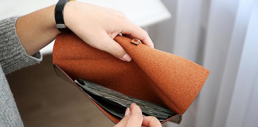 Koleżanka prosi o pożyczkę? Podpowiadamy jak grzecznie odmówić