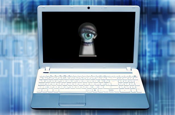 Powszechną praktyką pracodawców jest internetowe prześwietlanie kandydatów na pracowników