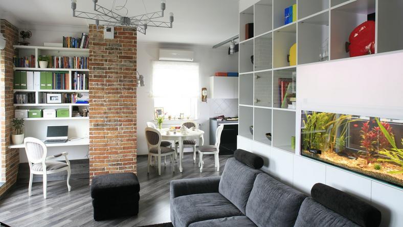 male-mieszkanie-5-projektow-salonu-3