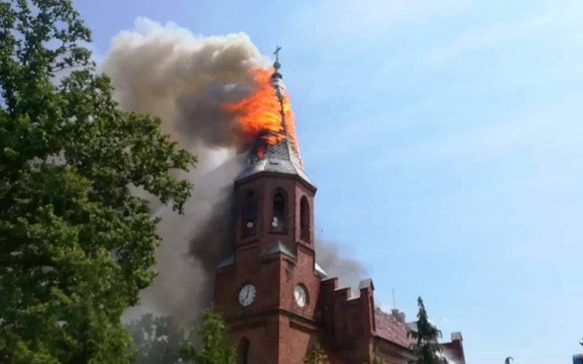 Pożar kościoła w Lutolu Suchym