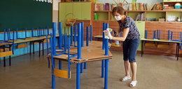 Nowe zasady i zakazy w szkołach. 50 pytań i odpowiedzi ws. nauki w czasie pandemii koronawirusa
