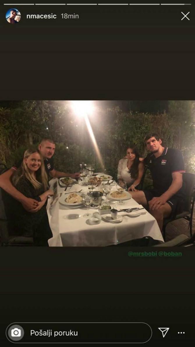Jokić i Bobi sa svojim lepšim polovinama