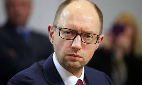 Traži podršku Zapada i optužuje Rusiju za agresiju: Arsenij Jacenjuk, predsednik prelazne ukrajinske vlade