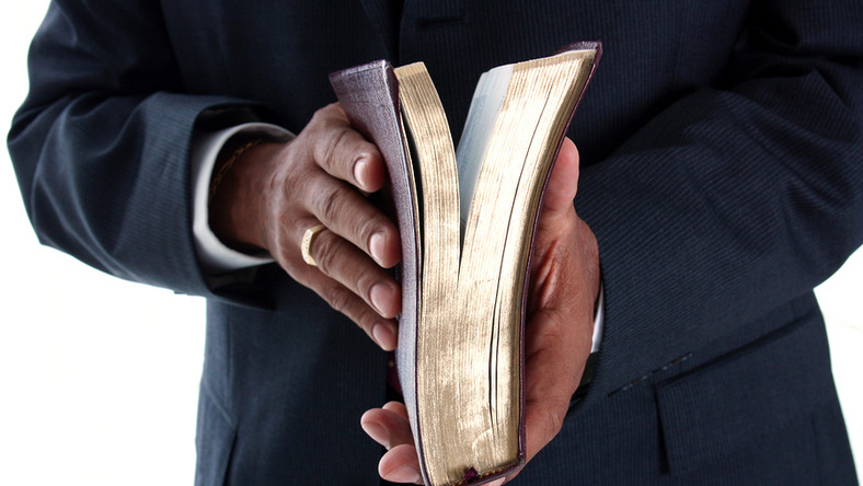 Woman reveals how her pastor husband sleeps with men (File Photo)