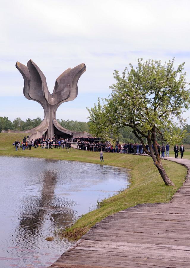 Posetio je i Jasenovac