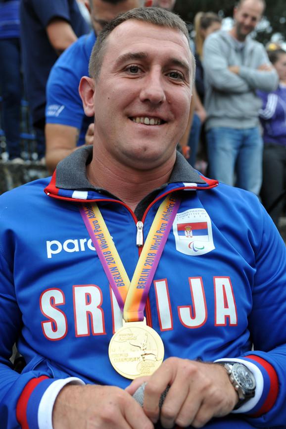 Miloš Zarić: Doneo sam mnogo medalja, ali nikad nisam ovako dočekan