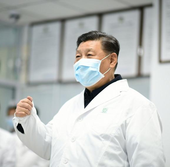 Si Đinping u obilasku bolnice Ditan u Pekingu 10. februara