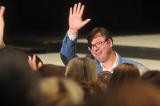 Vučić o protestu: Ne popuštam pritiscima, možete samo da dobijete izbore