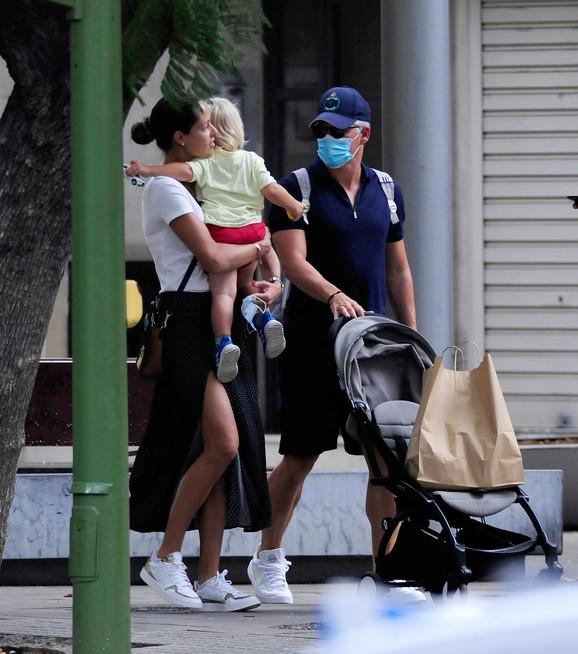Ana Ivanović i Bastijan Švajnštajger sa sinom