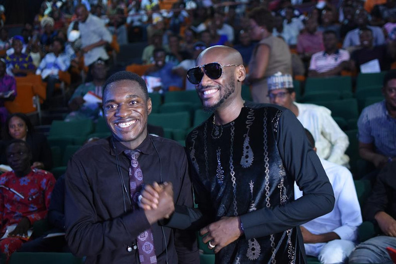 2Face Idibia receives award of Fellow of the School of Music at Obafemi Awolowo University [Scriptorial PR]