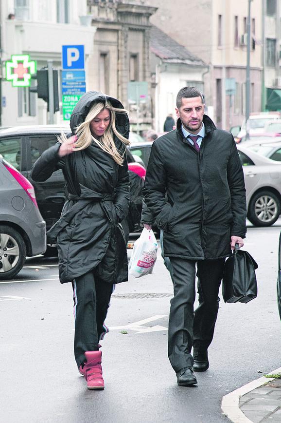 Maja Adrovac, Ivanova supruga, najpre je oslobođena, a potom ponovo optužena za zločin