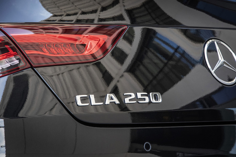 Nowy Mercedes CLA coupe