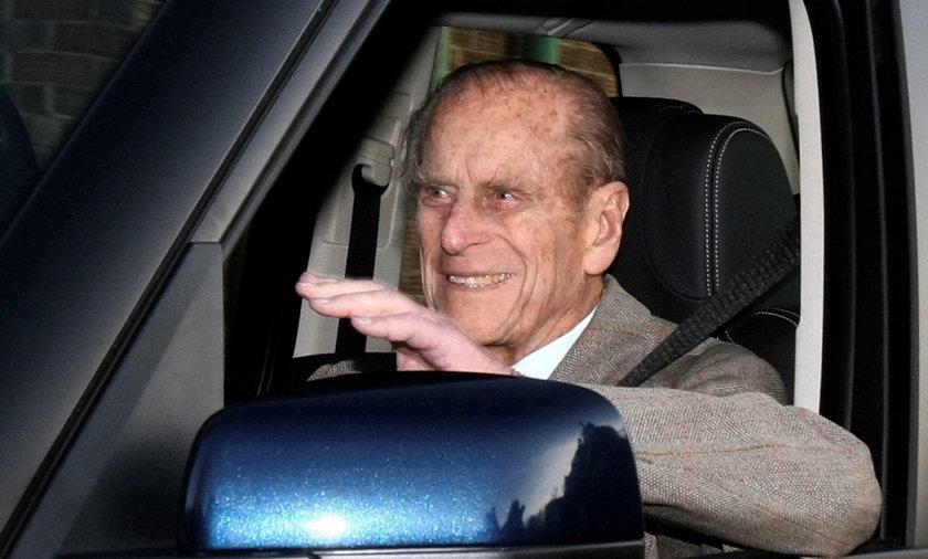 Brytyjski książę Filip postanowił zrzec się prawa jazdy