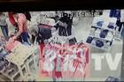 KRAĐA U PUNOM TRŽNOM CENTRU Pravila se da gleda garderobu, a onda je ženi izvukla novčanik iz torbe (VIDEO)