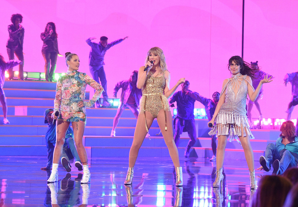 American Music Awards 2019 - Halsey, Taylor Swift i Camila Cabello