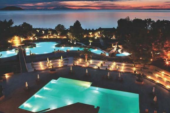 Porto Carras Resort slobodan već od sutra po ekstremno niskim cenama!